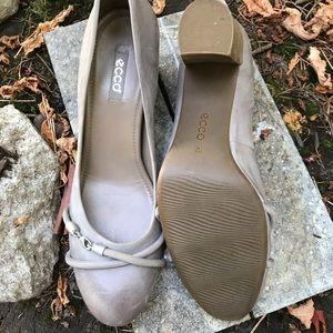 Ecco grey rose heels